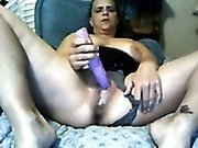 Mature derty white lady on webcam flashed her dirty twat