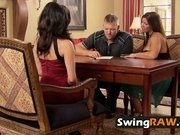 Swingers swap partners and take pleasure in orgy