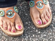 Ms.Q Taylor Pink Toes